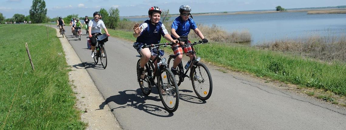 Pünkösdi kerékpározás a Fertő-tó körül